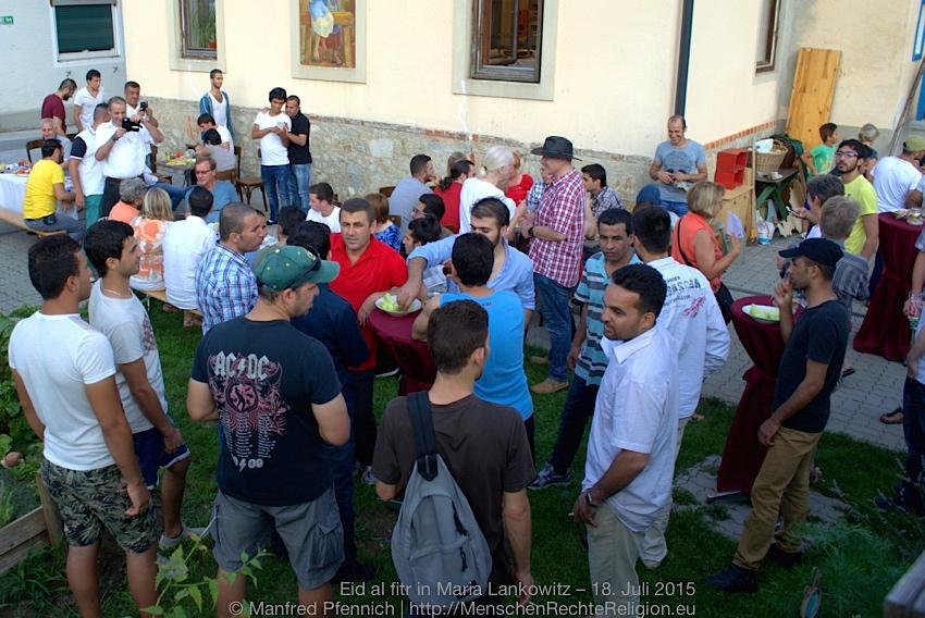 2015-07-18-Eid-al-fitr-ML-027