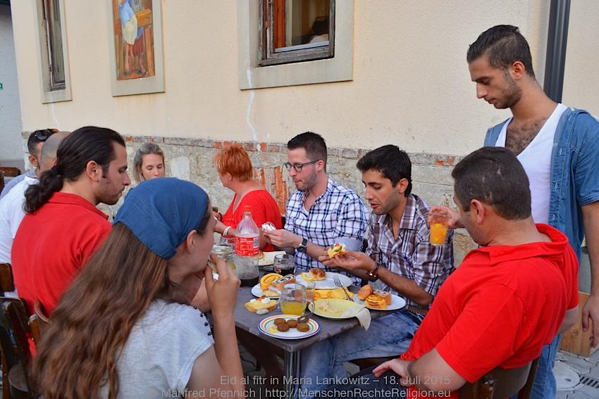 2015-07-18-Eid-al-fitr-ML-061