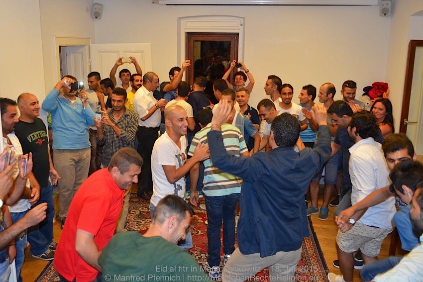 2015-07-18-Eid-al-fitr-ML-086